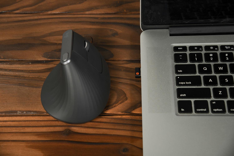 罗技MX Vertical是不是你的理想型鼠标?