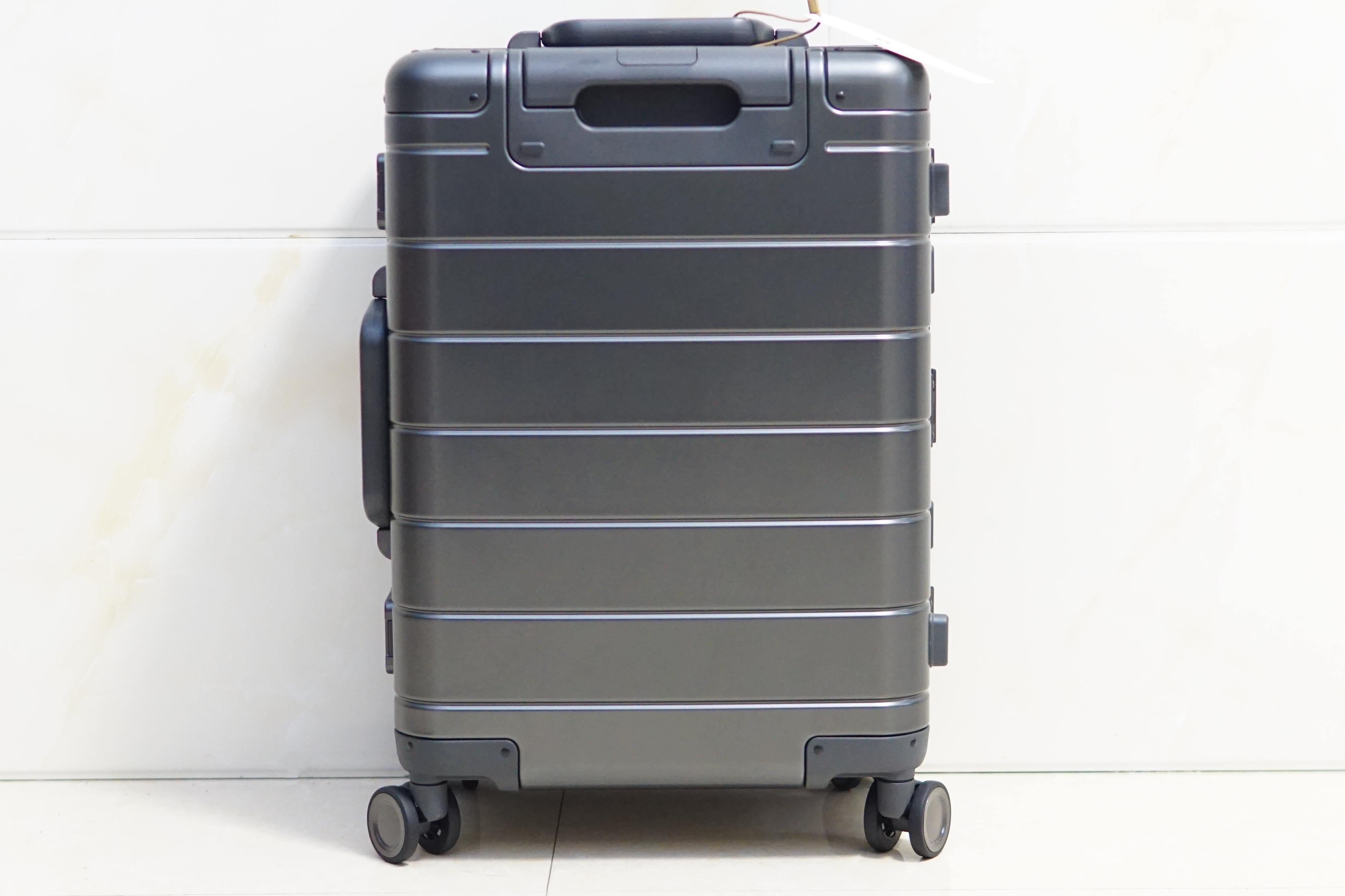 低调朴素有内涵:小米金属旅行箱2代体验