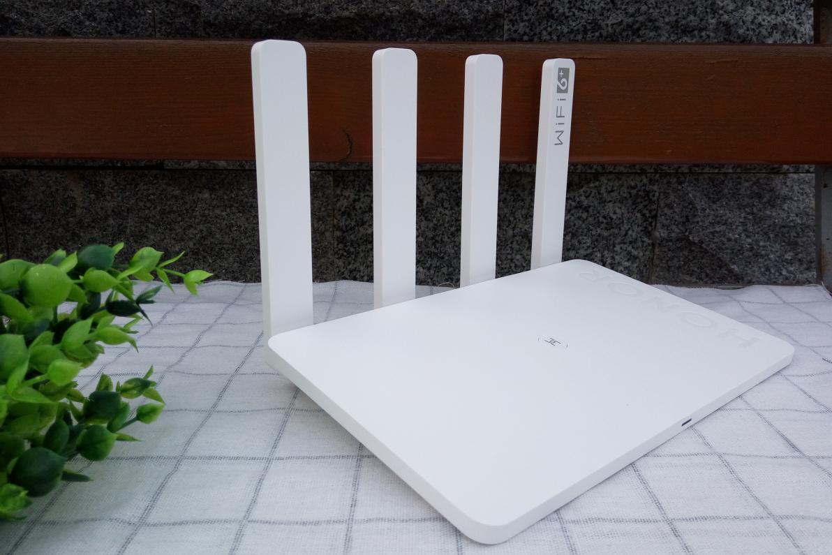 开启Wi-Fi 6+的顺畅网络,荣耀路由3体验