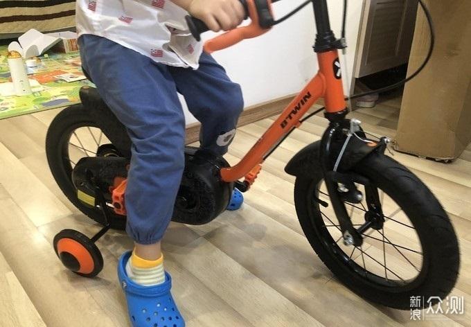 迪卡侬14寸btwin机器人罗伯特款儿童自行车_新浪众测