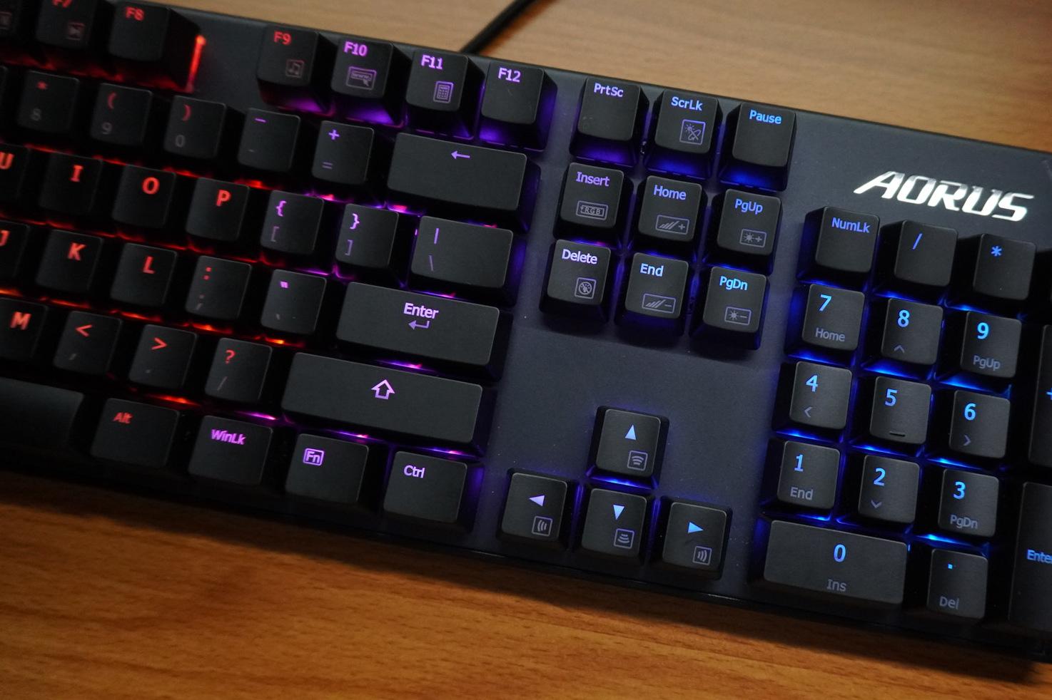 技嘉GIGABYTE AORUS K1 RGB机械键盘