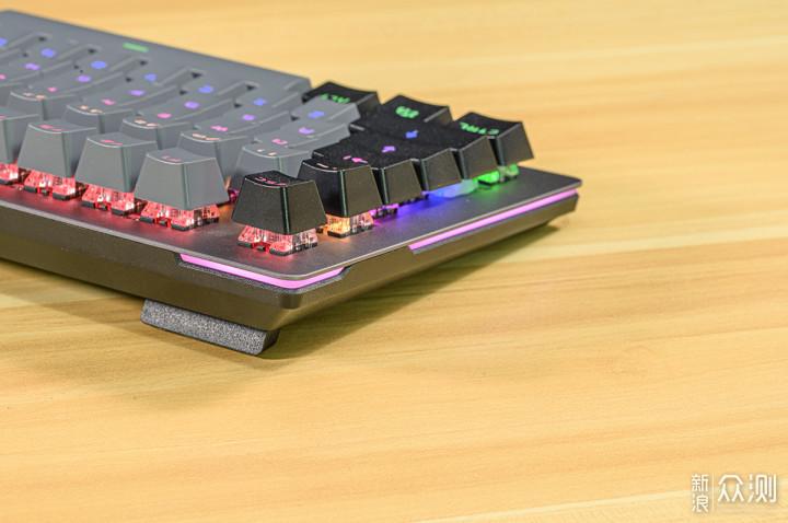 不卡键,防水防尘,快速入手迪摩F20机械键盘_新浪众测