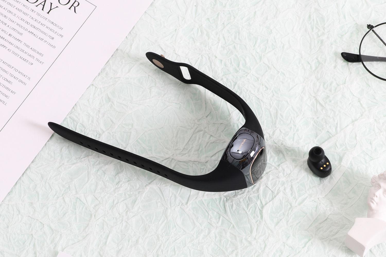 创新:Wearbuds演绎智能手环+真无线耳机合体
