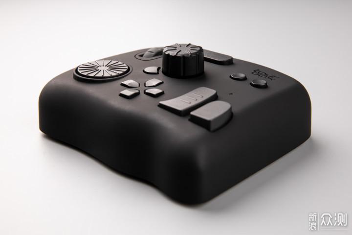 用TourBox快捷键控制器提高生产力软件的效率_新浪众测