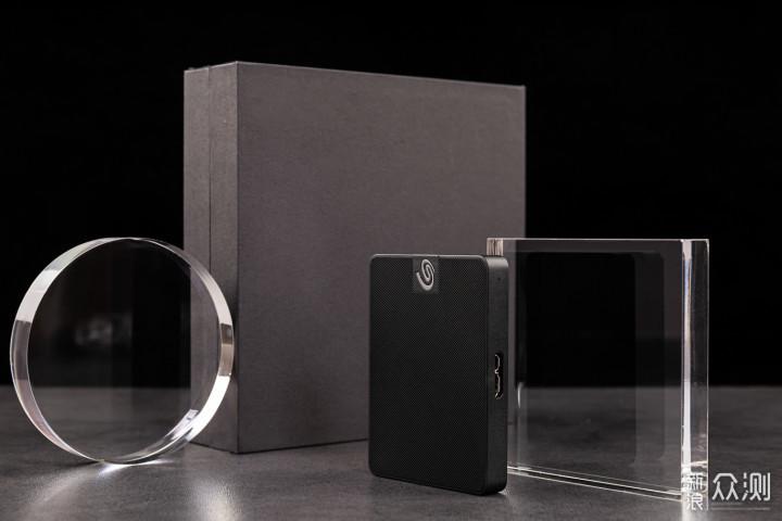 希捷颜系列黑钻版移动固态硬盘1TB上手玩_新浪众测
