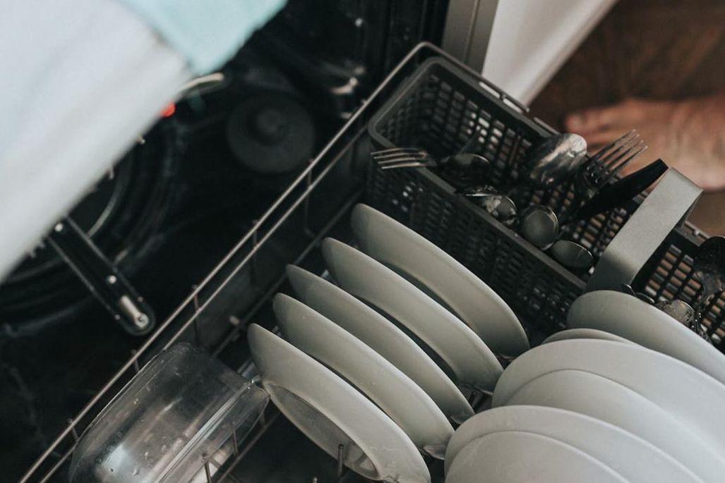 消毒柜变洗碗机?实测AEG 西门子 GRAM改装后