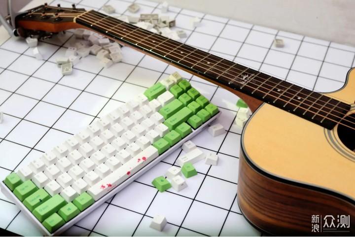 不只是性价比和无线双模,高斯键盘的配色梳理_新浪众测
