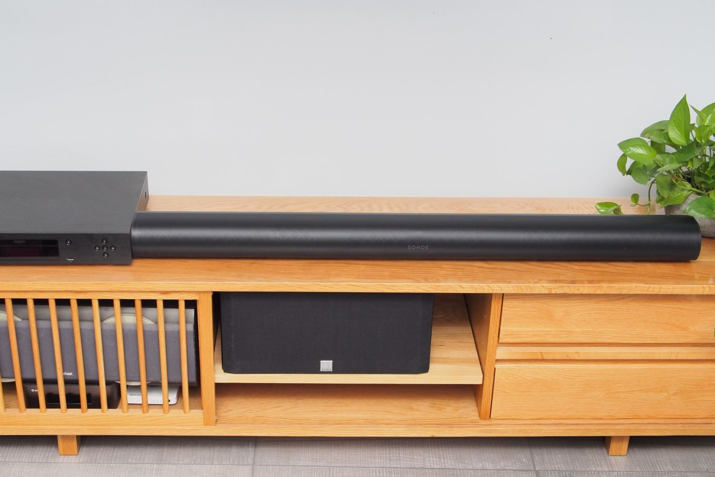 不用复杂布线也能轻松享受全景声——Sonos Arc