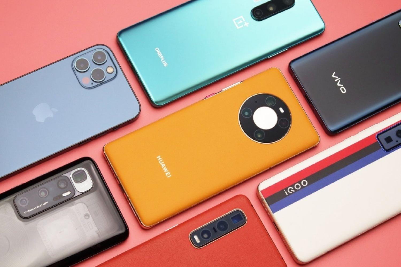 """买手机老吃亏?这五款手机全是""""高配低价"""""""