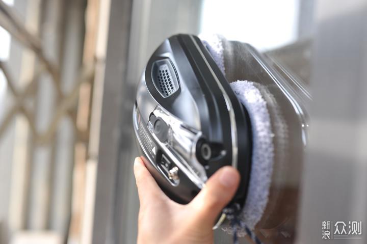擦窗神器解决清洁难题:擦窗机器人好不好用?_新浪众测