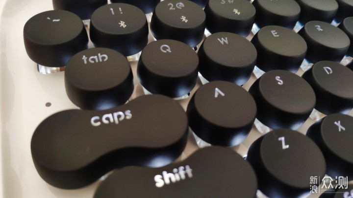 洛斐DOT圆点蓝牙机械键盘简单评测_新浪众测