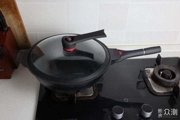 一锅PK整个厨房,帝伯朗灵感系不沾锅非你莫属_新浪众测