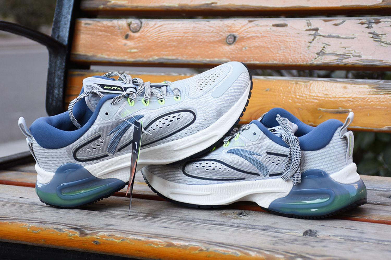黑科技与传统缓震结合:咕咚&安踏 创1.0跑鞋