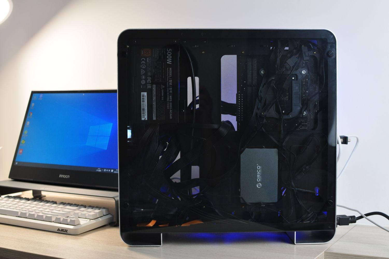"""秀一秀这""""椟比珠贵""""的电脑,再加个新硬盘"""