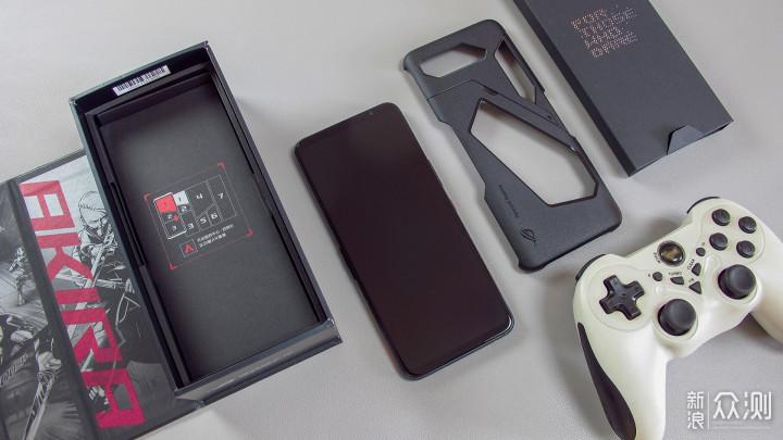 可以打电话的游戏机!体验腾讯ROG游戏手机5_新浪众测