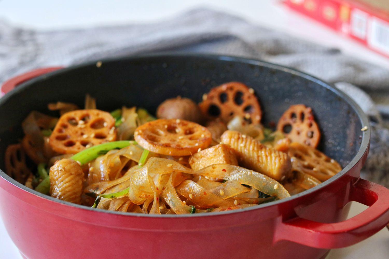 火锅底料第100种吃法,香辣美味,做法超简单