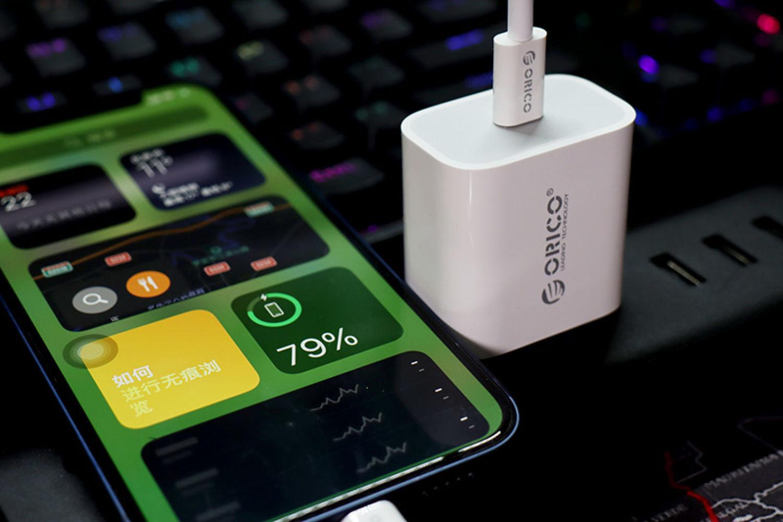 一个20W PD充电头,能解决90%数码产品的充电