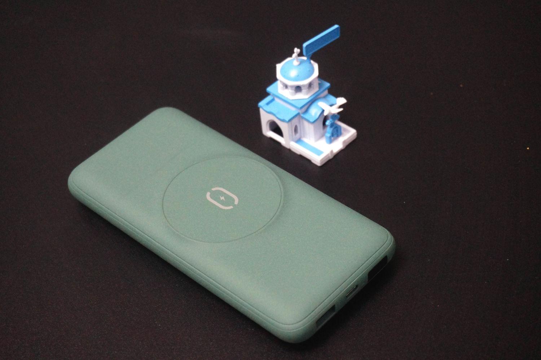 让iPhone12充电变得更炫酷,麦多多磁吸充电宝