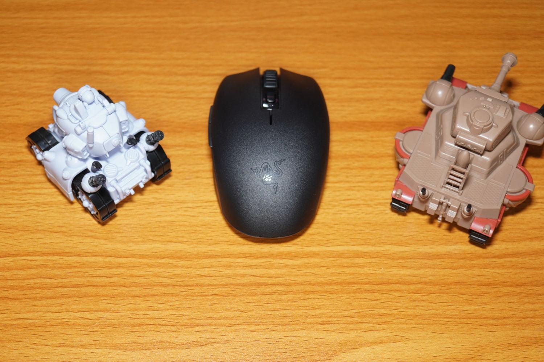 四两拨千斤:雷蛇 Razer 八岐大蛇V2 游戏鼠标