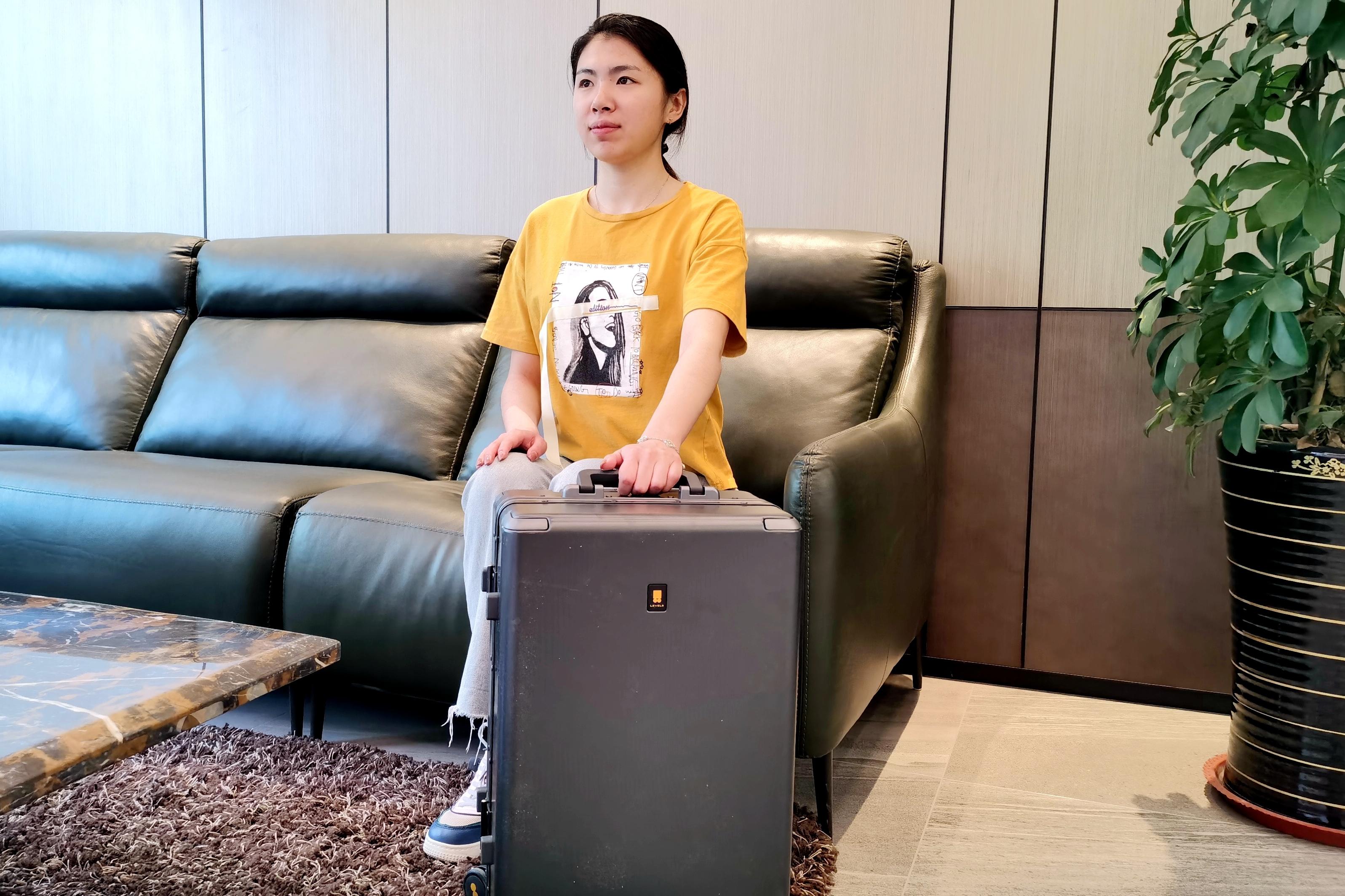罗永浩带货行李箱,地平线8号与你一起旅行