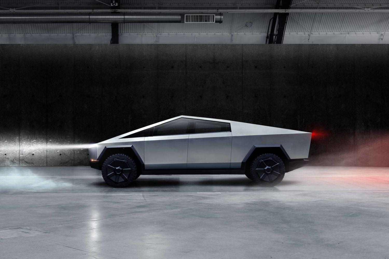 特斯拉三款全新车型即将登陆!