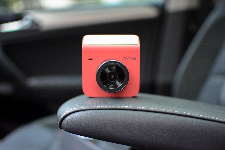 低配汽车变顶配?70迈智能行车记录仪A400评测