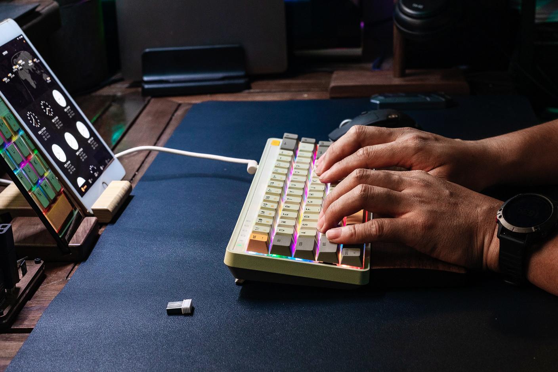 米物ART系列三模机械键盘使用体验