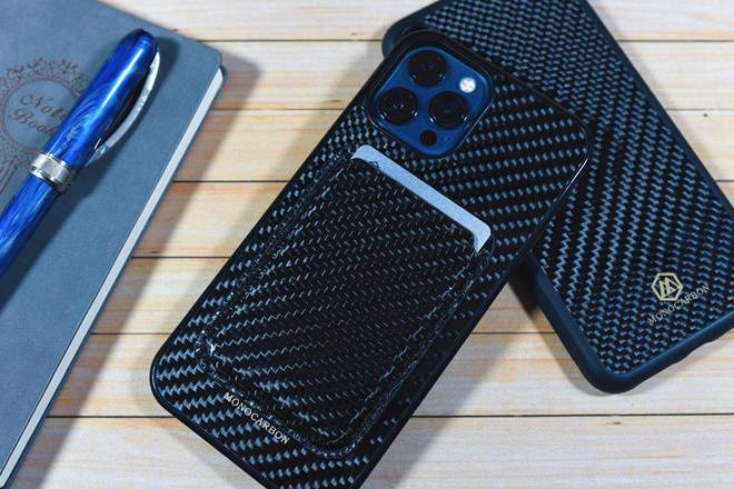 纯碳的外壳,质感翻倍提升:墨罗碳纤维配件